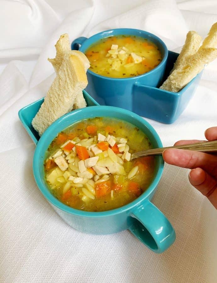 Healthy Lemon Chicken Orzo Soup