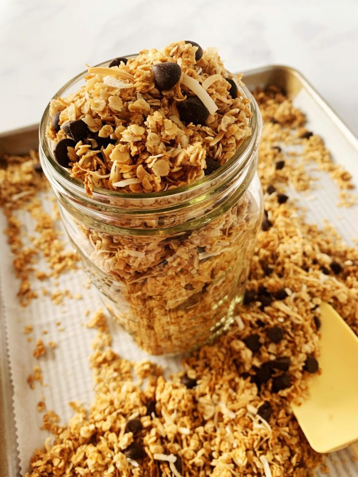 homemade dark chocolate coconut granola
